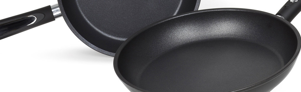 Non-stick pans with PTFE coating